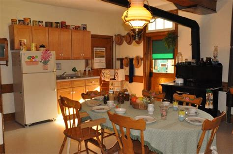 amish country kitchen the amish farmhouse amish interest the o
