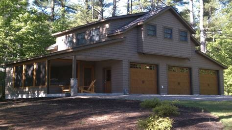 Living Above Garage by Craftsman Style Shed Above Garage With Living Space Lake