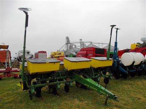Deere 4 Row Planter For Sale by Wisconsin Ag Connection Deere 7000 Row Crop