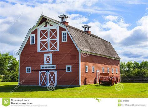 la ferme des granges vieille grange 224 la ferme photos libres de droits