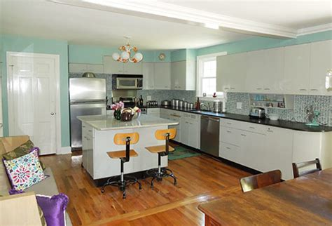 retro modern kitchen bizarro twin pam and a tale of 6 kitchens retro renovation