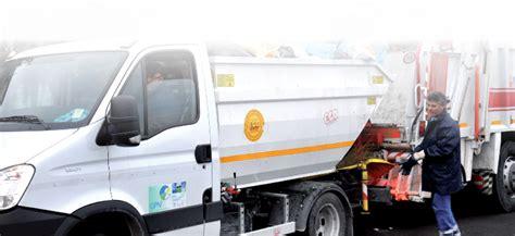 procura della repubblica di napoli ufficio denunce sulla gestione rifiuti a ottaviano l opposizione invia