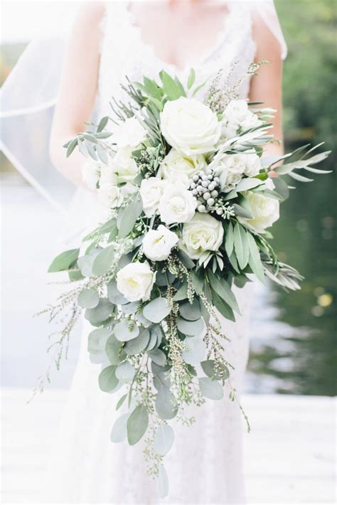 1118 best Greenery Wedding Bouquets images on Pinterest