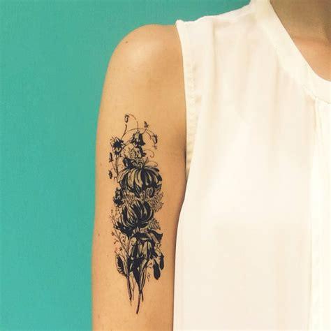 bouquet de fleurs vintage grand tatouage temporaire de cadeau