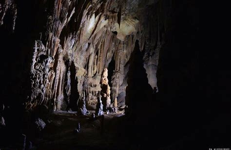 Helm Mtb Avand A19 Lu excursion in the cave of the screaming nest near
