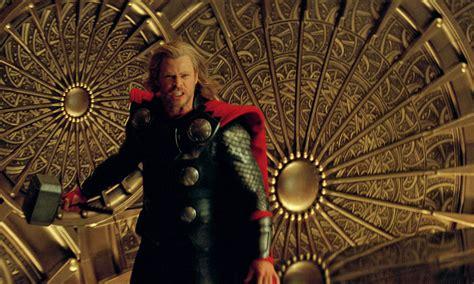 game  thrones director brian kirk  talks  helm