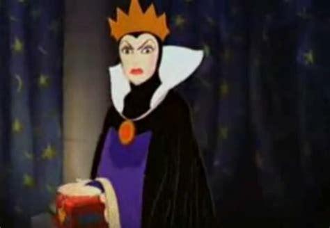 disney villains wallpaper evil queen disney villains images the evil queen wallpaper and