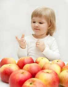 child in child counting apples