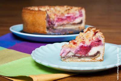 Wos Zum Essn Erdbeerstreuselkuchen Mit Pudding Marzipan