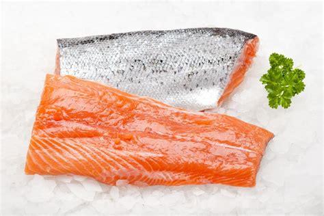frozen alaskan salmon fillet skin on 150g