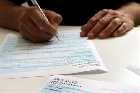 versamenti in proroga dei versamenti da unico 2014 la nuova scadenza 232