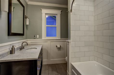 White Wainscoting Bathroom by 22 Stylish Grey Bathroom Designs Decorating Ideas