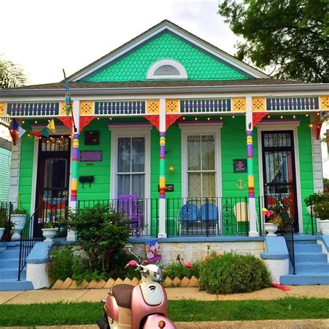new orleans colorful houses 338 best images about colorful new orleans homes on brad pitt cottages and new