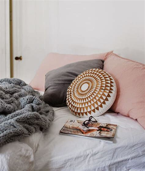 1000 images about rose gold home decor on pinterest copper rose gold home decor