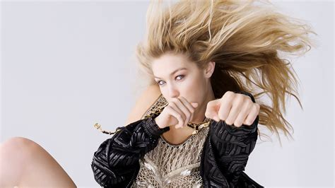 gigi hadid and tips to fight the urge to eat gigi hadid style fight wallpapers new hd wallpapers