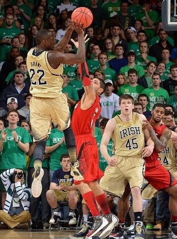 notre dame end of game song lyrics jerian grant s heroics for notre dame at the end of