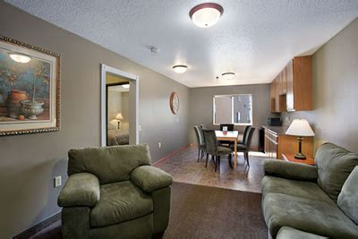 Howard Room And Board by Howard Johnson Oacoma South Dakota Two Room King Suite