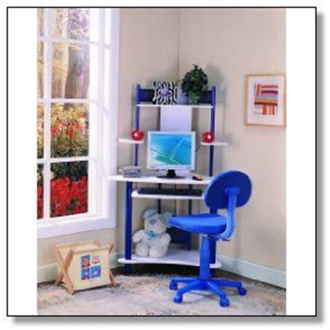 Boys Computer Desk This Blue Color Is Suit For Boys Small Corner Computer Desk Pinterest Computers Blue