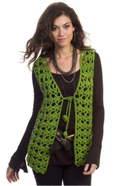 what to but a hippie fir christmas hippie holidays vest allfreecrochet