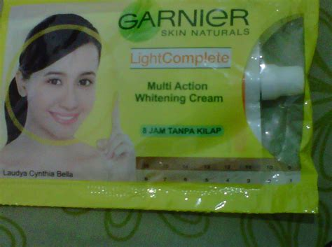 Pelembab Garnier Light Complite talks garnier light complete multi