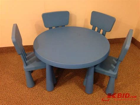 ikea childrens table and chairs plastic ikea blue plastic childrens table and 4 chair moving