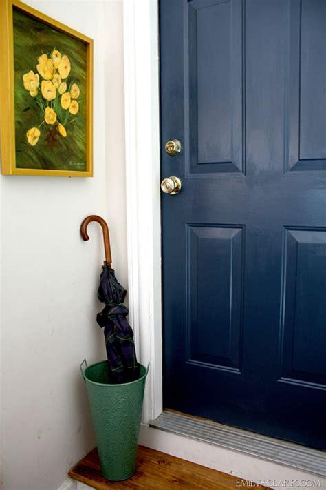 painting  dirtiest door    favorite navy