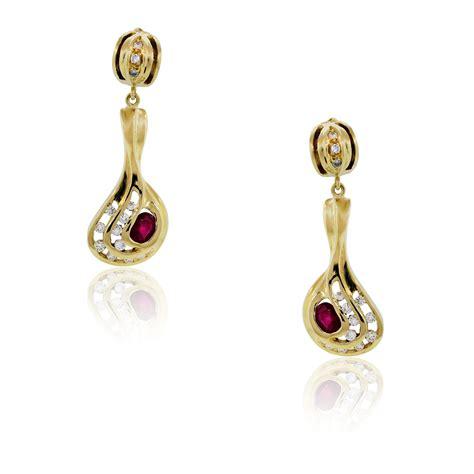 18k Gold Drop Earring 18k yellow gold and ruby dangle drop earrings