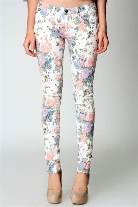 floral pattern skinny jeans floral skinny jeans my style pinterest floral