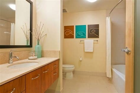 Keep Bathroom Counter Clean 15 Best Images About Bathrooms By Synergy Staging On