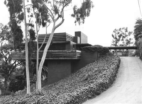 frank lloyd wright george sturges house usonian house frank lloyd wright s george d sturges house to go under