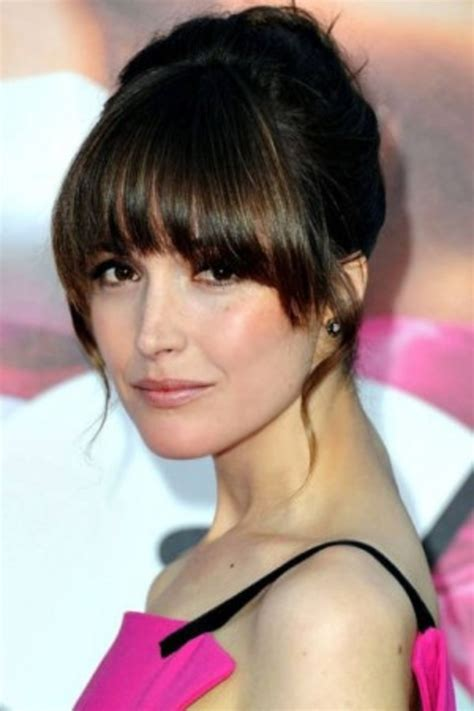 u shape with bangs how to pull off bangs with any face shape college fashion