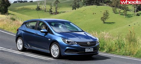 holden hatchback 2018 holden astra hatchback range review