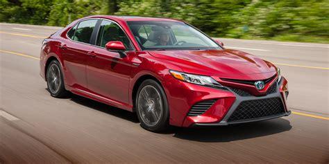 hybrid cars 2018 toyota camry hybrid review caradvice