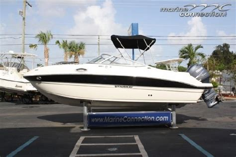stingray boats outboard 2012 stingray 214 lr outboard bowrider boats yachts for sale