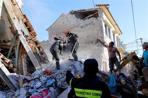 earthquake greece aegean quake shakes buildings in greece and turkey one dead