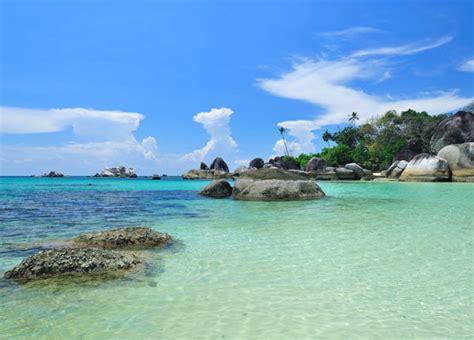 Bross Ubur Ubur Hijau Tosca kecantikan pantai tanjung tinggi travellover16