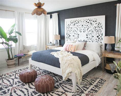 decoracion de recamara moderna decoracion de interiores foto rec 225 mara con cabecera grande tapete y decoraci 243 n