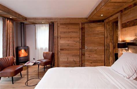 chambre d hotel au mois h 244 tel avec chemin 233 e dans la chambre inspiration for