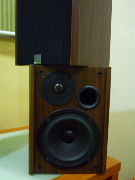 mb quart ql 20 c bookshelf speaker used shaiful
