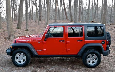 jeep top view driven 2012 jeep wrangler rubicon automobile magazine