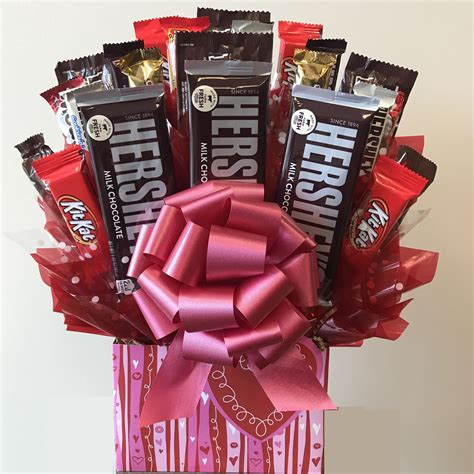 sweetheart candy bouquet candy gift baskets arttowngiftscom