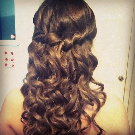 cute hair styles with the ends curled prom hair curly half do going to do this with my hair