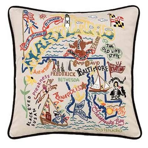 Embroidered State Pillows by 54 Best Images About State Pillows And Linens On Seasons Gifts And Oregon