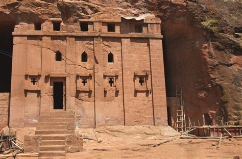 Awesome Churches In Mesa #2: Church_of_Bet_Abba_Libanos%2C_Lalibela%2C_Ethiopia_%283328424359%29.jpg