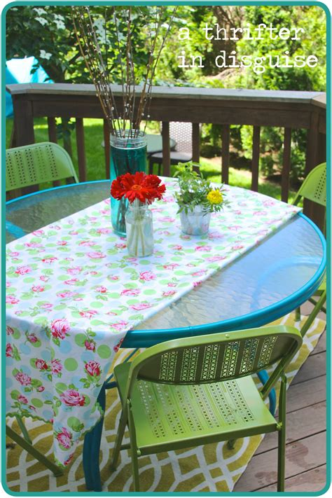 Patio Table Paint A Thrifter In Disguise Me Patio Table Makeover