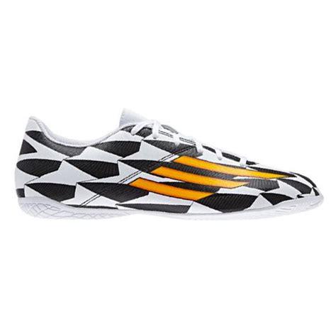 Harga Adidas F5 sepatu futsal adidas f5 in wc m19930 dibuat dari bahan
