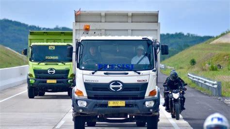 jajal jalan tol lampung presiden jokowi naik truk pasir