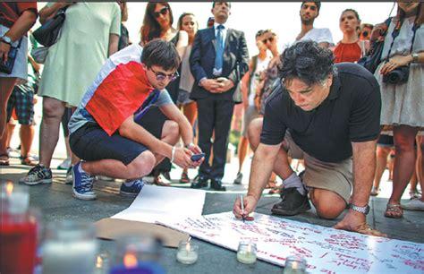 people attend  candlelight vigil   york  saturday