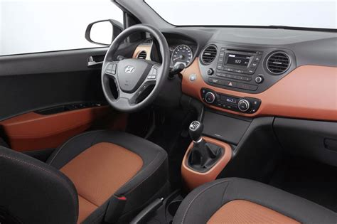 hyundai  review specs  price auto review