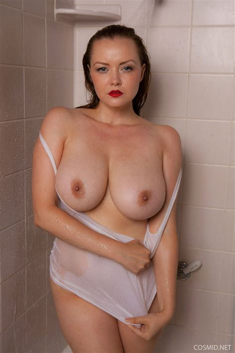 Natasha Dedov Naked In The Shower